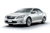 「カムリ」、「SAI」、「プリウスα」の7人乗り車の属する「HV3クラス」の基本料金は、12時間までが1万3650円、24時間までが1万7325円。