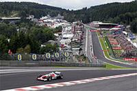 スパ・フランコルシャンは、鈴鹿と並びドライバーに人気のあるサーキット。下って左、上って右の「オールージュ」は、F1きっての難コーナーだ(写真はトヨタ自動車)