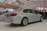BMW 3シリーズのPHVバージョン、日本上陸の画像