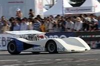 1969年の日本グランプリや日本カンナムに出走したのとほぼ同型の、5リッターV8DOHCエンジンを搭載したトヨタ7を駆るのは、元チームトヨタの大坪善男氏と高橋晴邦氏(写真)。