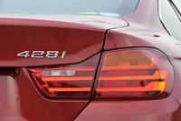 現時点でのラインナップは「428iクーペ」と「435iクーペ」の2種。欧州にはxDrive(4WD)仕様もある。また今後「420iクーペ」(2リッターガソリン)などが追加されることも、欧州ではすでに明らかにされている。