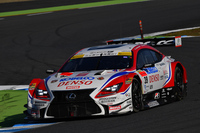 SUPER GTの最終戦に勝利し、2016年シーズンの王者となったNo.39 DENSO KOBELCO SARD RC F(ヘイキ・コバライネン/平手晃平)。
