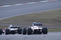 イベントの最後を飾った「Panasonic TOYOTA Racing ファイナルラン」。ヤルノ・トゥルーリの「TF108」と小林可夢偉の「TF109」が、F1エンジン特有のソプラノを轟かせた。