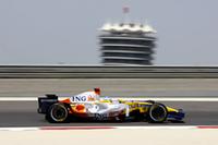 いまのルノーはトップ10に入るのがやっと。フェルナンド・アロンソは、予選Q3でも上位を目指すことなく10番グリッドからスタートし、ルイス・ハミルトンと接触してもしぶとく周回を重ね、10位でフィニッシュ。次のスペイン以降の巻き返しに期待をかける。(写真=Renault)