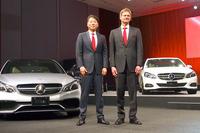 メルセデス・ベンツ日本の上野金太郎社長(左)とマーク・ボデルケ副社長(右)。