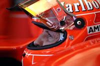 シューマッハーはまさかのリタイアでノーポイント。レース後、自身のドライバーズタイトルを諦め、コンストラクターズタイトルに力を注ぐと敗北を認めた。伝説的ドライバーの走りを見られるのはあと1戦だけだ。(写真=Ferrari)