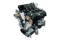 新開発3.5リッターV6エンジンの最高出力は、従来の4.6リッターV8モデル(296ps)と同等の294psを発生する。