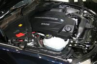 「435i グラン クーペ」のエンジンルーム。3リッター直6ターボは306psと40.8kgmを発生する。