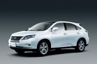 「レクサスRX450h」に低燃費・低価格のFFモデル追加
