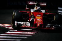 フェラーリ勢はセバスチャン・ベッテル(写真)予選4位、キミ・ライコネンは同6位ながらギアボックス交換のペナルティーで11番グリッドからスタート。ライコネンは10周目にヘアピンでウォールにヒットし早々に戦列を去り、残されたベッテルはペレスを抜けず4位完走。(Photo=Ferrari)