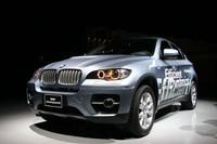 「BMWアクティブハイブリッドX6」