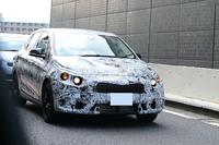 BMWのFFハッチ「コンセプト アクティブ ツアラー」がいよいよ路上へ?
