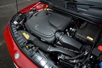「GLAクラス」の2リッターモデルに搭載される、直4ターボエンジン。1200rpmの低回転域から35.7kgmの大トルクを発生する。アイドリングストップ機能も完備。