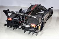 パガーニが3億円のサーキット専用車を発表【ジュネーブショー2014】の画像