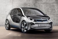 「BMW i」とは、プラグインハイブリッド車や電気自動車などで構成される、BMWの新ブランド。写真は、その先陣を切ることとなる「i3」のコンセプトカー。この段階では航続距離160kmの純EVとして発表されていた。