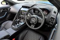 谷口信輝の新車試乗――ジャガーFタイプSVRクーペ(前編)の画像