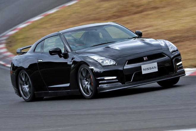 日産GT-R Black edition(4WD/6AT)/GT-R Pure edition(4WD/6AT)【試乗記】