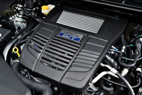 1.6リッターのボクサー4ターボ(FB16型)は170psと250Nm(25.5kgm)を生み出す。