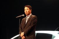 発表会では、マツダの小飼雅道代表取締役社長兼CEOが登壇。
