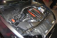 「RS 6アバント」のV8 4.0 TFSIツインターボエンジン。