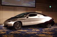 SIM-Drive、第3号試作EVの「SIM-CEL」を発表