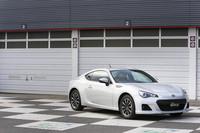 「スバルBRZ」は、富士重工業とトヨタ自動車が共同開発したスポーツカー。デザインはトヨタが、開発と製造は富士重工が担当し、販売は両社それぞれが行う。