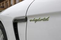 ポルシェ・パナメーラ4S エグゼクティブ(4WD/7AT)/パナメーラS E-ハイブリッド(FR/8AT)【海外試乗記】の画像