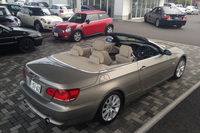 BMWアプルーブドカー・センターにて一目ぼれした「BMW 335iカブリオレ」。
