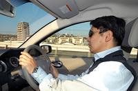 自動車ジャーナリストの金子浩久氏。