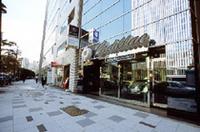 ヤナセ、東京・赤坂に「キャデラックサロン」開設の画像