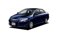 「トヨタ・カローラ」     日本を代表する大衆車。1966年に初代が誕生し、2012年に11代目となった。映画に登場するのは10代目モデル。