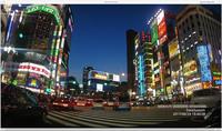 夕方の新宿・歌舞伎町。ネオンの街もくっきり映る。事故等の映像を記録するだけではなくドライブ動画の記録にも使えそう。