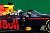 フリー走行で注目を集めたのが、レッドブルが持ち込んだ、コックピット前に装着されたエアロスクリーン。ドライバー保護のための装置として試験的に投入された。(Photo=Red Bull Racing)