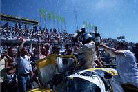 ルマンで活躍したグループCカーの写真集、発売中の画像