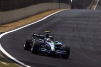 ホンダにとっては最悪の2007年。なんとかジュニアチーム、スーパーアグリを上まわりコンストラクターズランキング8位で終わったが、圧倒的なマシンの不出来に僅か6点しか獲得できなかった。(写真=Honda)