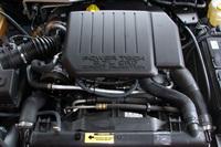 ヨーロッパ仕様のみに設定される、2.7リッター直5SOHC20バルブディーゼルターボ。コモンレール式だ。