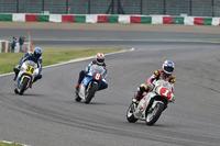 四輪だけでなく二輪のレーサーも多数登場する。