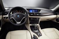 「BMW X1」がデザイン変更 燃費も最大20%向上の画像