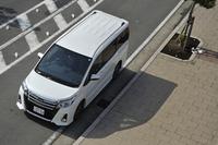 3代目となる新型「トヨタ・ノア」。2013年の東京モーターショーでプロトタイプが参考出展され、その後、2014年1月に発表、同年2月に発売された。