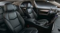 「キャデラックATS」にシルバーの特別仕様車が登場の画像