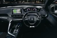 新型「3008」のインテリア。写真は限定モデル「GTライン デビューエディション」のもの。