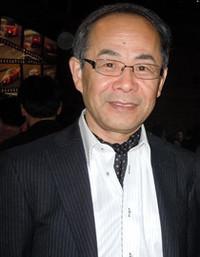 山口東京理科大学工学部機械工学科教授貴島孝雄さん きじま・たかお◎ 1967年、東洋工業(現マツダ)入社。94年に初代「マツダ・ロードスター」の開発主査に就任。以降、2代目・3代目のロードスター、ならびに3代目RX-7の開発主査を務める。2010年に定年退職し現職に至るが、現在もマツダのエンジニアたちとの交流は深い。
