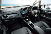 ホンダが「シャトル」に安全運転支援システムを標準装備の画像