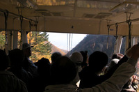 標高差日本一のロープウェイも混雑していた。