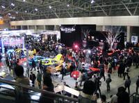 """第185回:突撃! 東京オートサロン2005(その1)こ、ココは""""クルマ業界の歌舞伎町""""だ〜"""