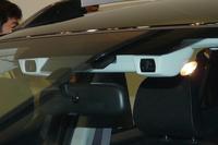 デモンストレーション用の車両に装備されていた、新型「アイサイト」の試作品。