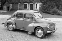 1950年「ルノー4CV」。(写真1)