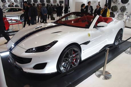 日本車ベースのカスタマイズカーが数多く出展される東京オートサロン。しかしその中にあっても、イタリアン...