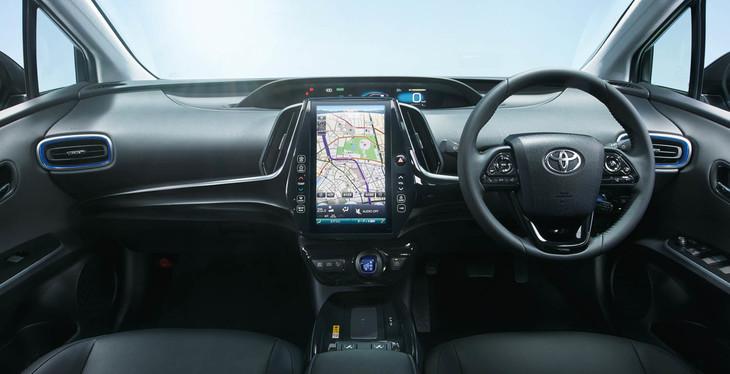 【画像】トヨタ・プリウスの新デザインが発売wwwwwwwww