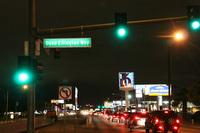 人工都市ラスベガスは通りの名だけでも愉快だ。これは宿泊したモーテル前を走る「デューク・エリントン・ウェイ」。
